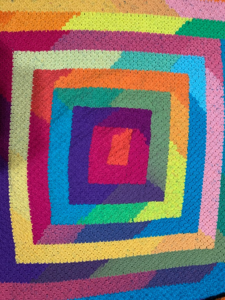 llama unraveled, crochet, spiral c2c, corner to corner crochet, corner to corner blanket, c2c blanket, mandala yarn, cake yarn, worsted weight yarn, spiral blanket